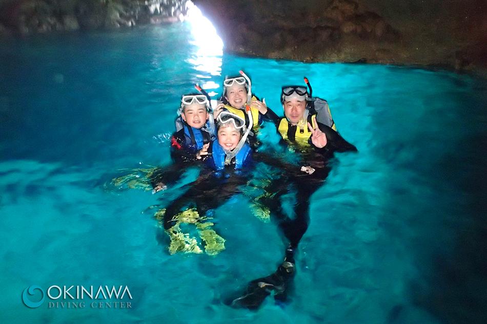 青の洞窟 シュノーケリング
