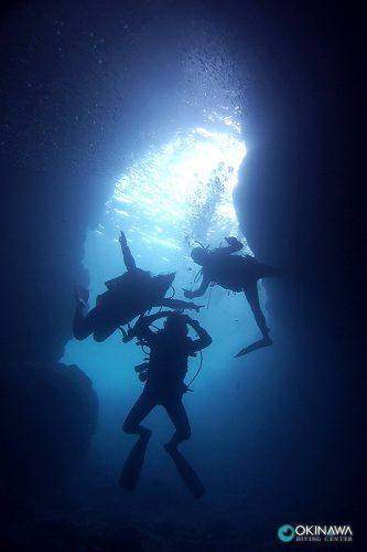 青の洞窟 ファンダイビング